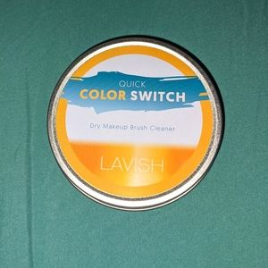 Lavish Quick Color Switch Makeup Brush Cleaner